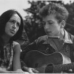 Joan Baez and Bob Dylan at the March on Washington 1963 (Public Domain, National Archives)