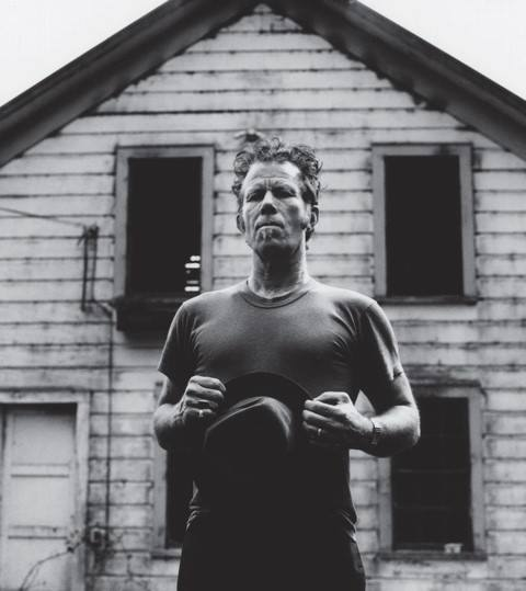 Tom Waits - Murder In the Red Barn Lyrics | Musixmatch