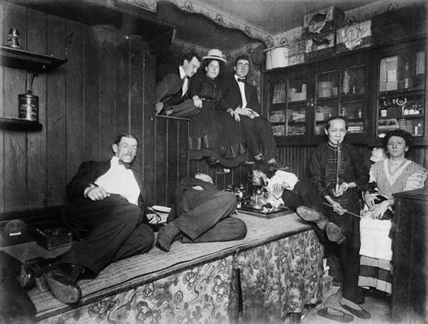 Americans smoke opium in a den in New York City's Chinatown, ca. 1925 - The Opium Museum