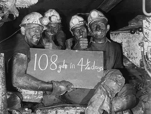 coal-miners-wales-uk-archives