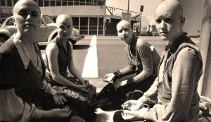 Family members keep vigil during the Tate/LaBianca murder trial: (from left) Nancy Pitman, Sandra Good, Maria Alonzo, Kitty Lutesinger (1970) (source: theseamericans.com)