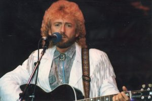 Keith Whitley, 1955-1989 (photo credit: Christina Lynn Johnson; source: Wikipedia)